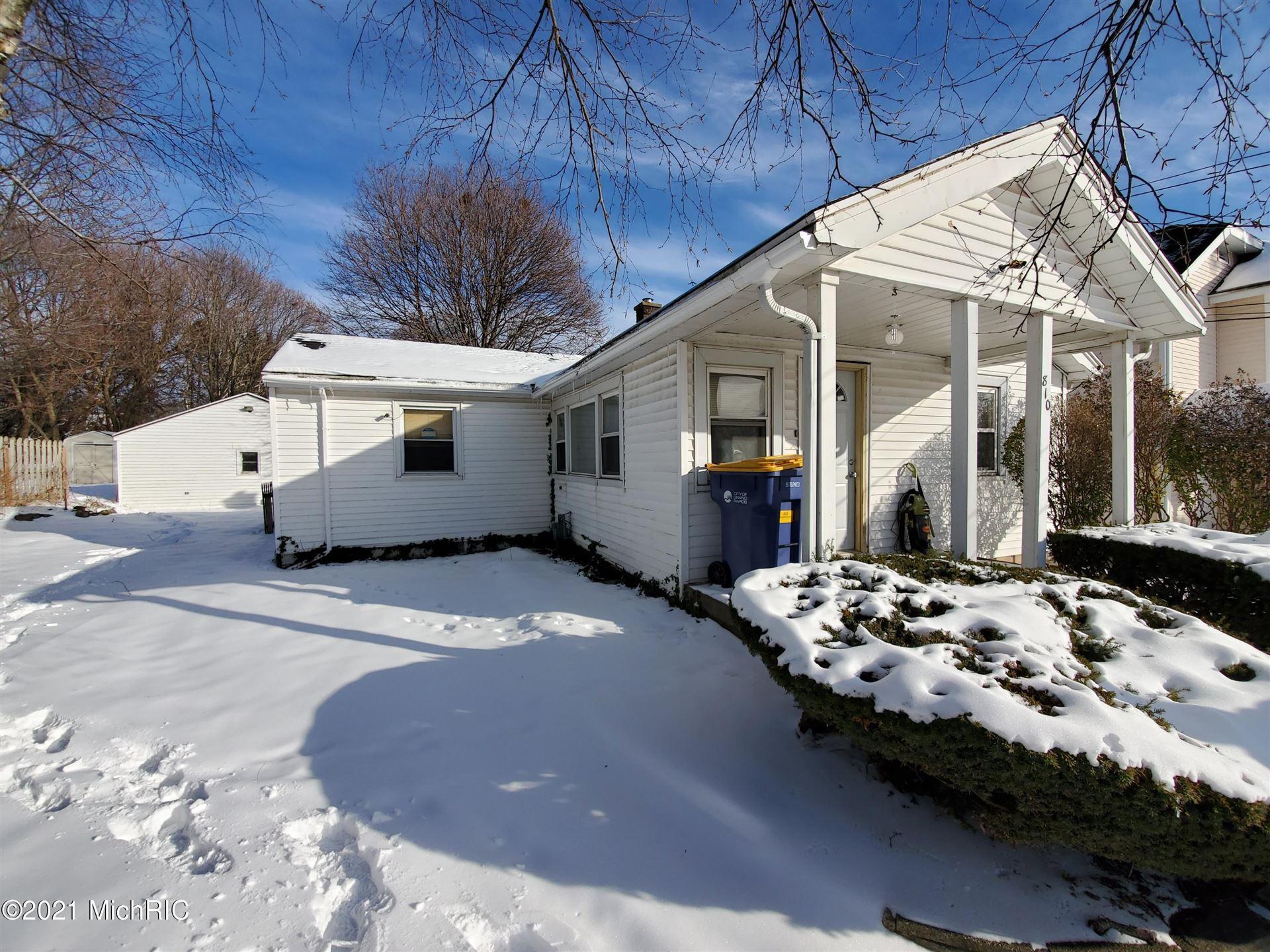 810 Emerald Avenue NE, Grand Rapids, MI 49503 - MLS#: 21003199