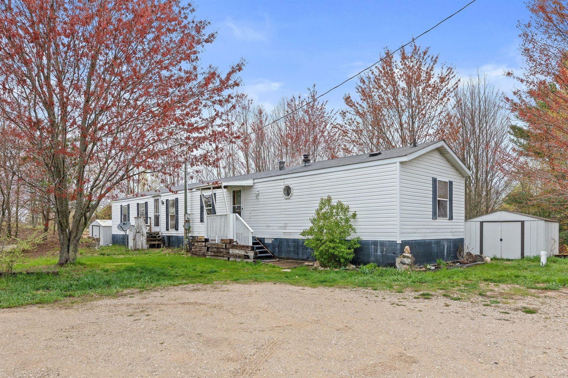 8188 E 3 Mile Rd Road, Luther, MI 49656 - MLS#: 21016205