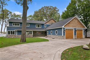 Photo of 812 Oakmere Place, North Muskegon, MI 49445 (MLS # 19024206)