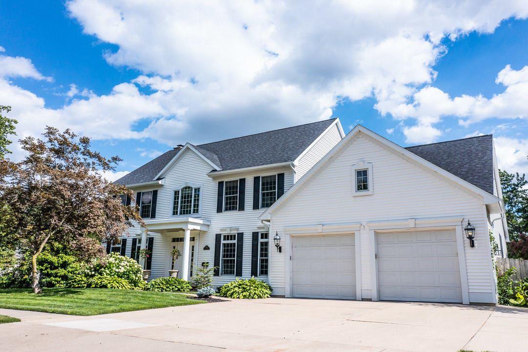 2510 Oakwood Drive SE, Grand Rapids, MI 49506 - MLS#: 21024212