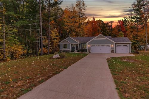 Photo of 10971 Crowning Acres Court, Rockford, MI 49341 (MLS # 20045219)