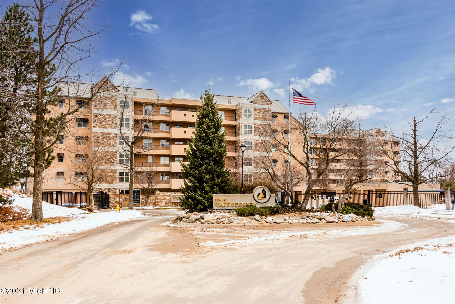 240 Water Street #10, Saint Joseph, MI 49085 - MLS#: 21000227