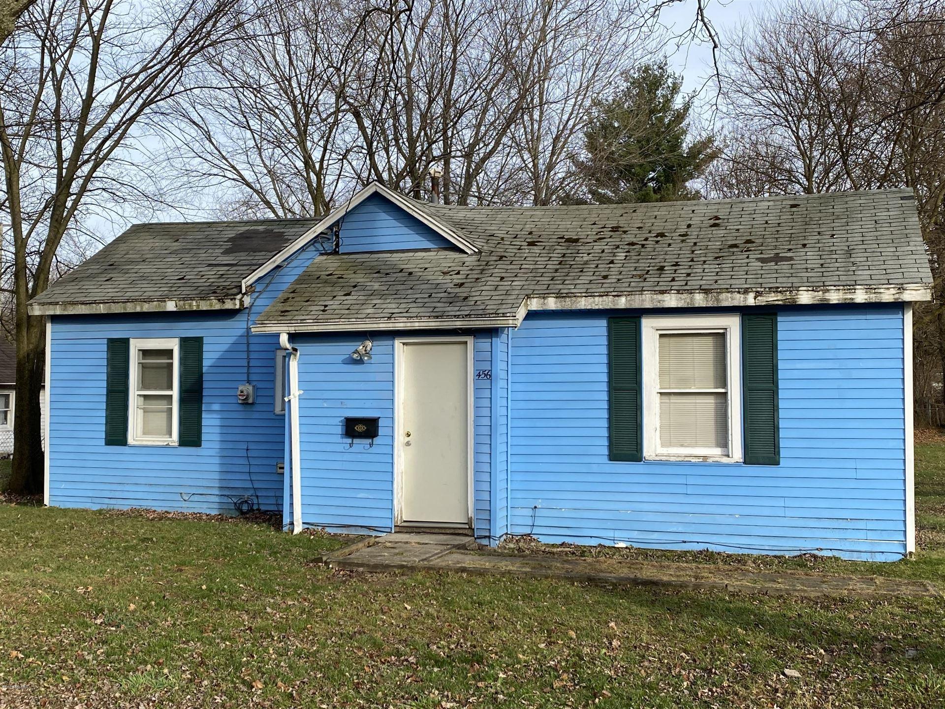 456 S Maple Street, Hartford, MI 49057 - MLS#: 20048228