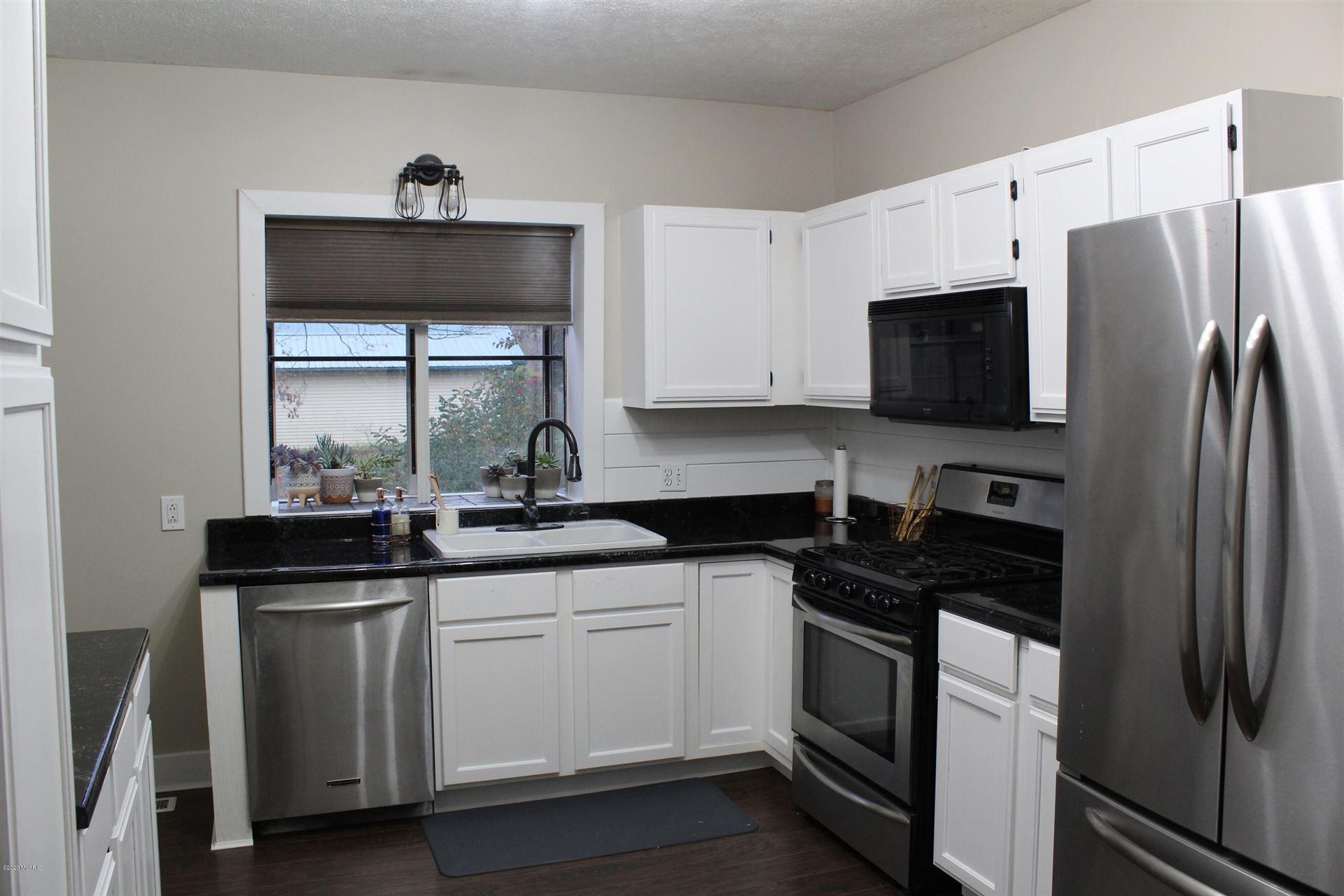 156 W Beech Street NE, Cedar Springs, MI 49319 - MLS#: 20044239