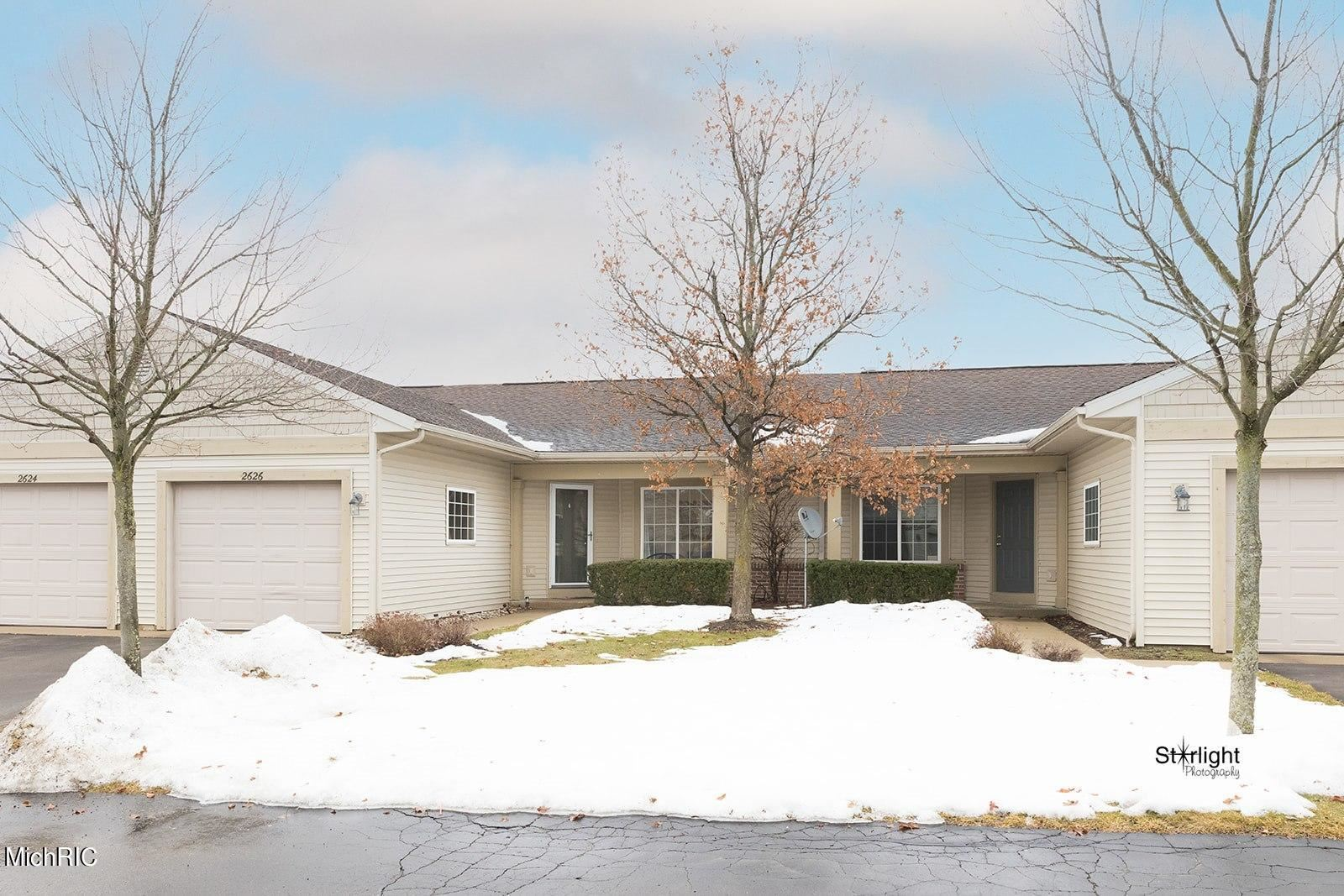 2626 Cascade Place Drive SE #23, Grand Rapids, MI 49546 - MLS#: 21006240