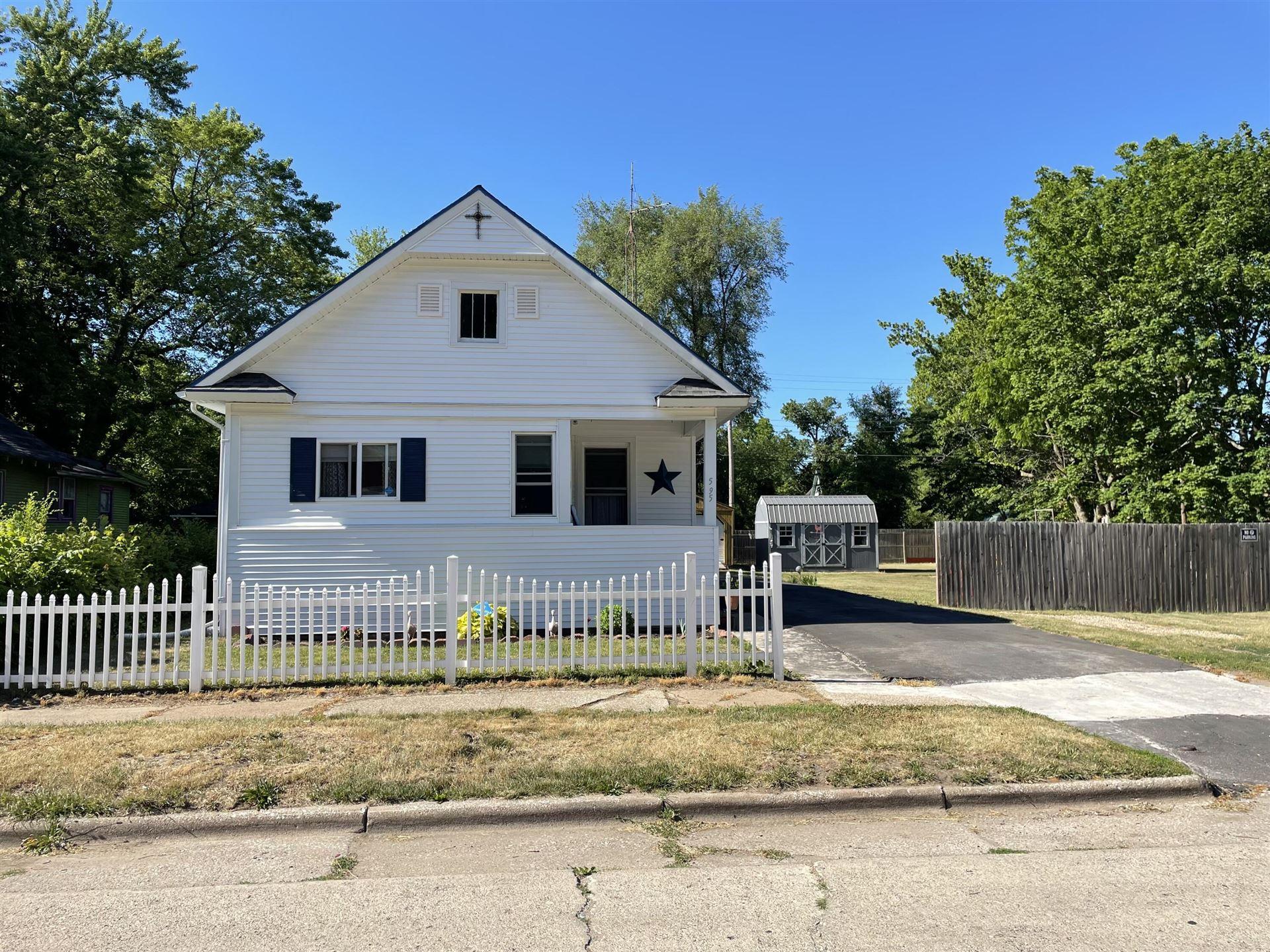 595 Clay Street, Benton Harbor, MI 49022 - MLS#: 21023241