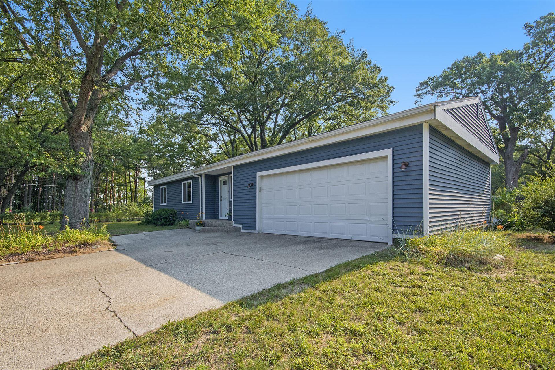 15922 Cedar Drive, Grand Haven, MI 49417 - MLS#: 21097243