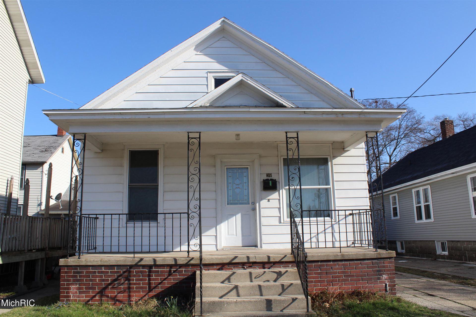 38 W Larch Avenue, Muskegon, MI 49441 - MLS#: 21011249