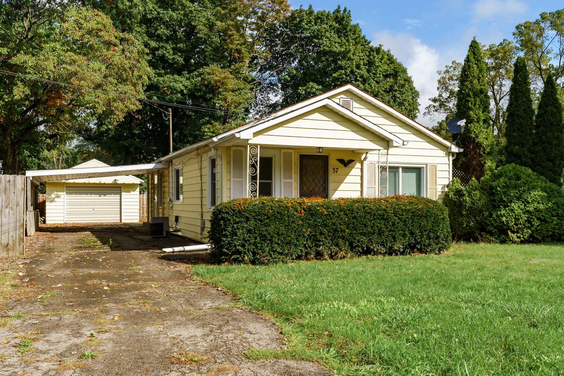 37 E Hazelwood Court, Battle Creek, MI 49015 - MLS#: 21110250