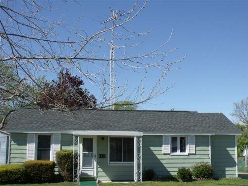 Photo of 1347 Grant Avenue, Grand Haven, MI 49417 (MLS # 21021255)