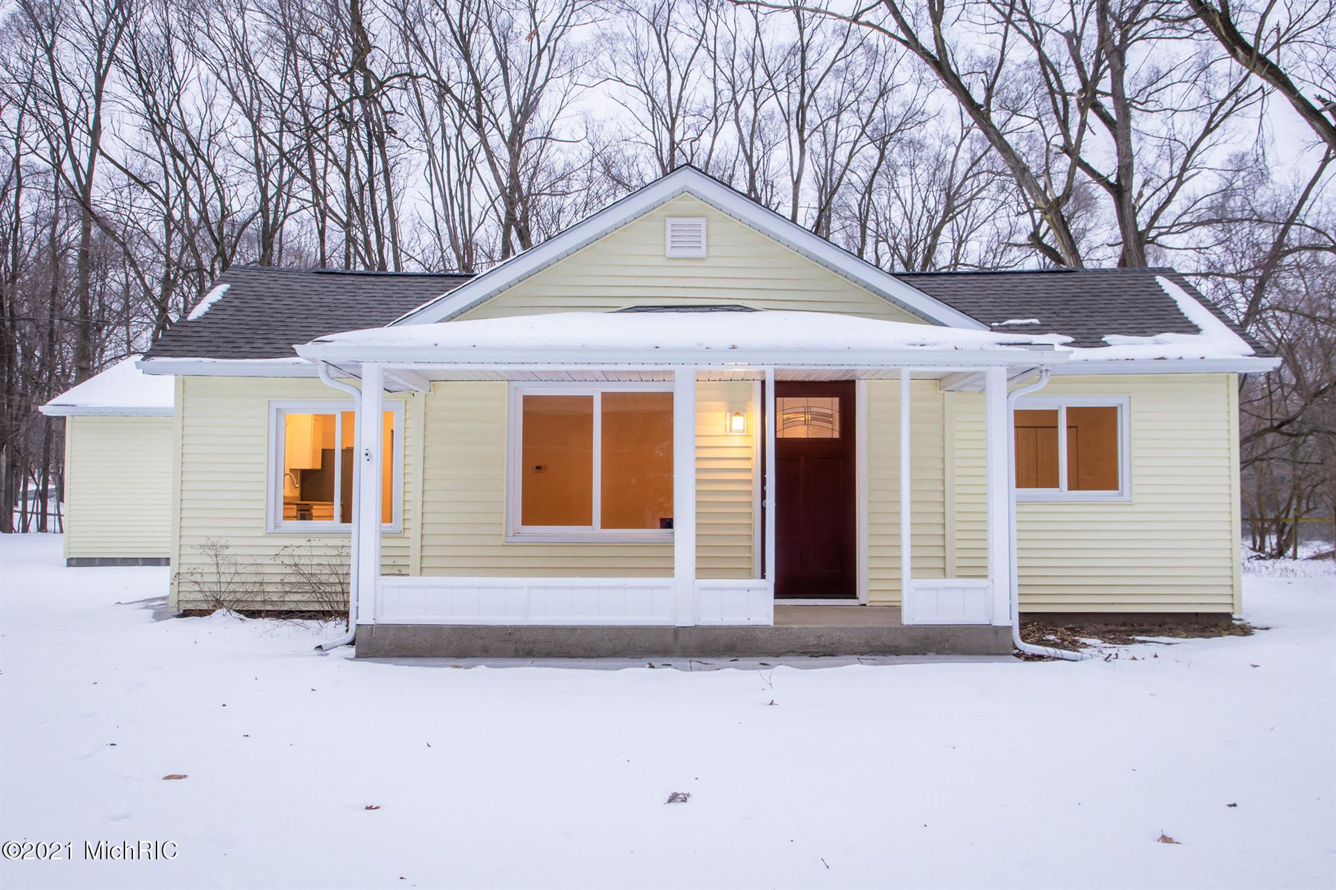 7976 Courtland Drive NE, Rockford, MI 49341 - MLS#: 21001259