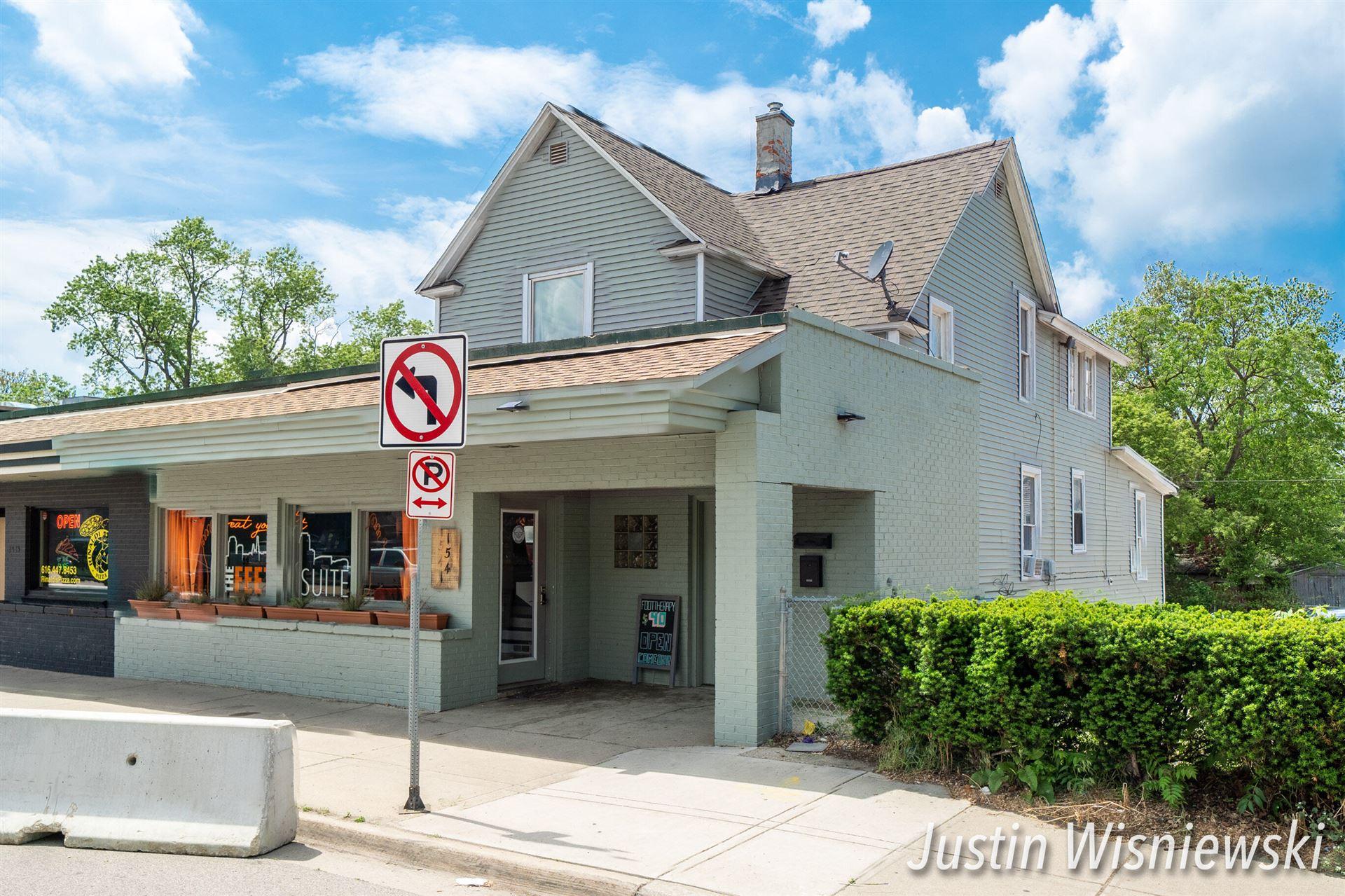 1541 Plainfield Avenue NE, Grand Rapids, MI 49505 - MLS#: 21020259