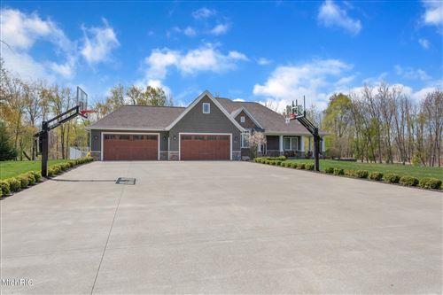 Photo of 668 Woodchuck Drive, Coldwater, MI 49036 (MLS # 21003261)