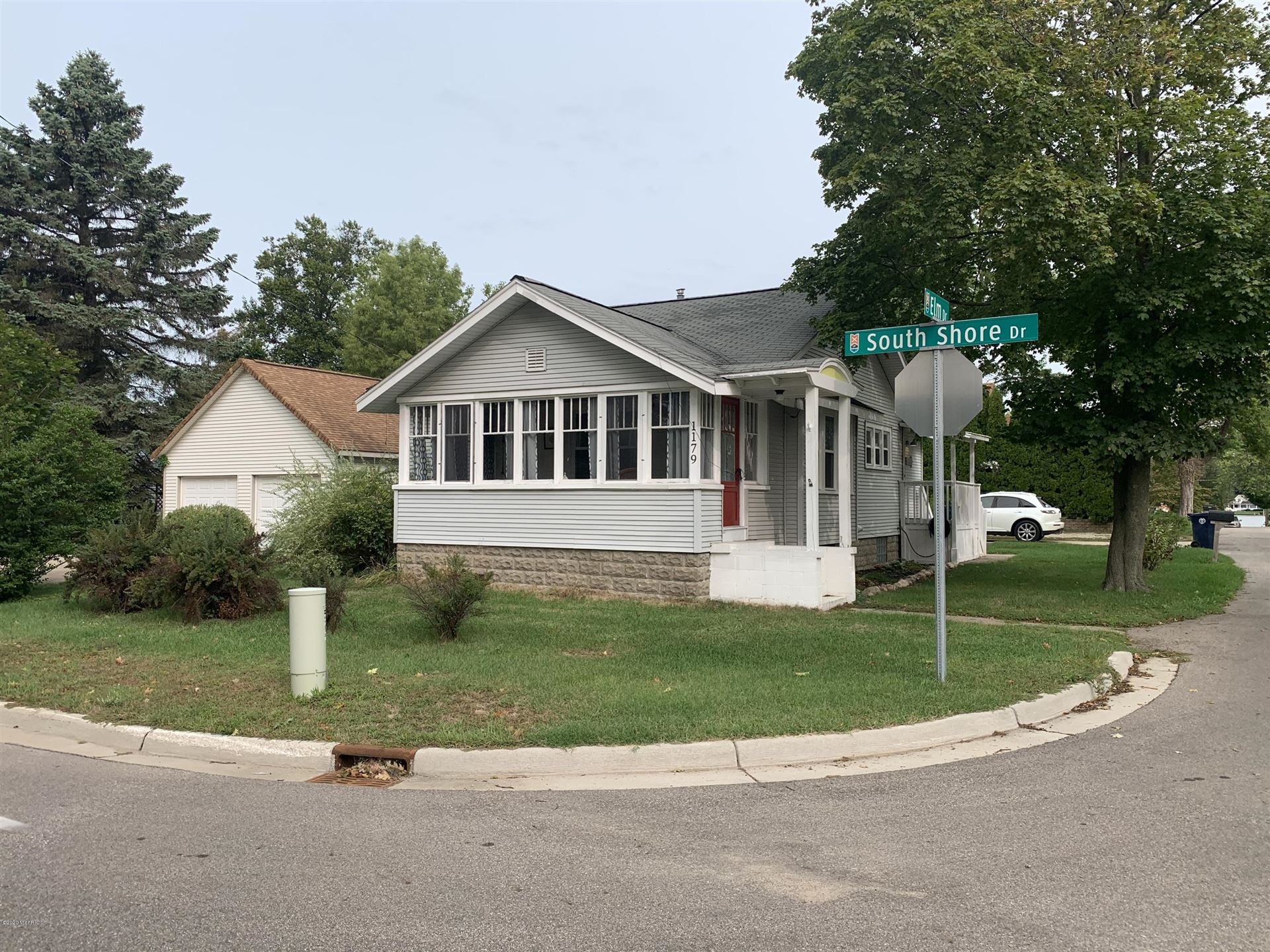 Photo of 1179 South Shore Drive, Holland, MI 49423 (MLS # 20038261)