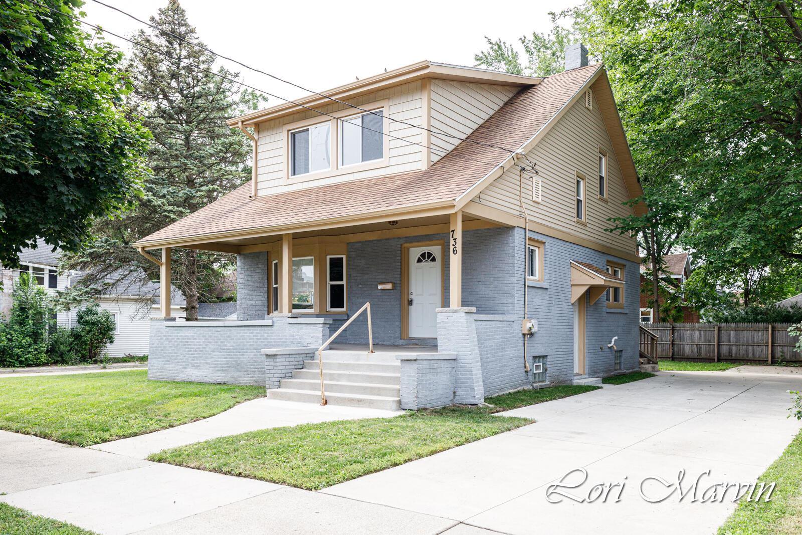 736 Myrtle Street NW, Grand Rapids, MI 49504 - MLS#: 21095265