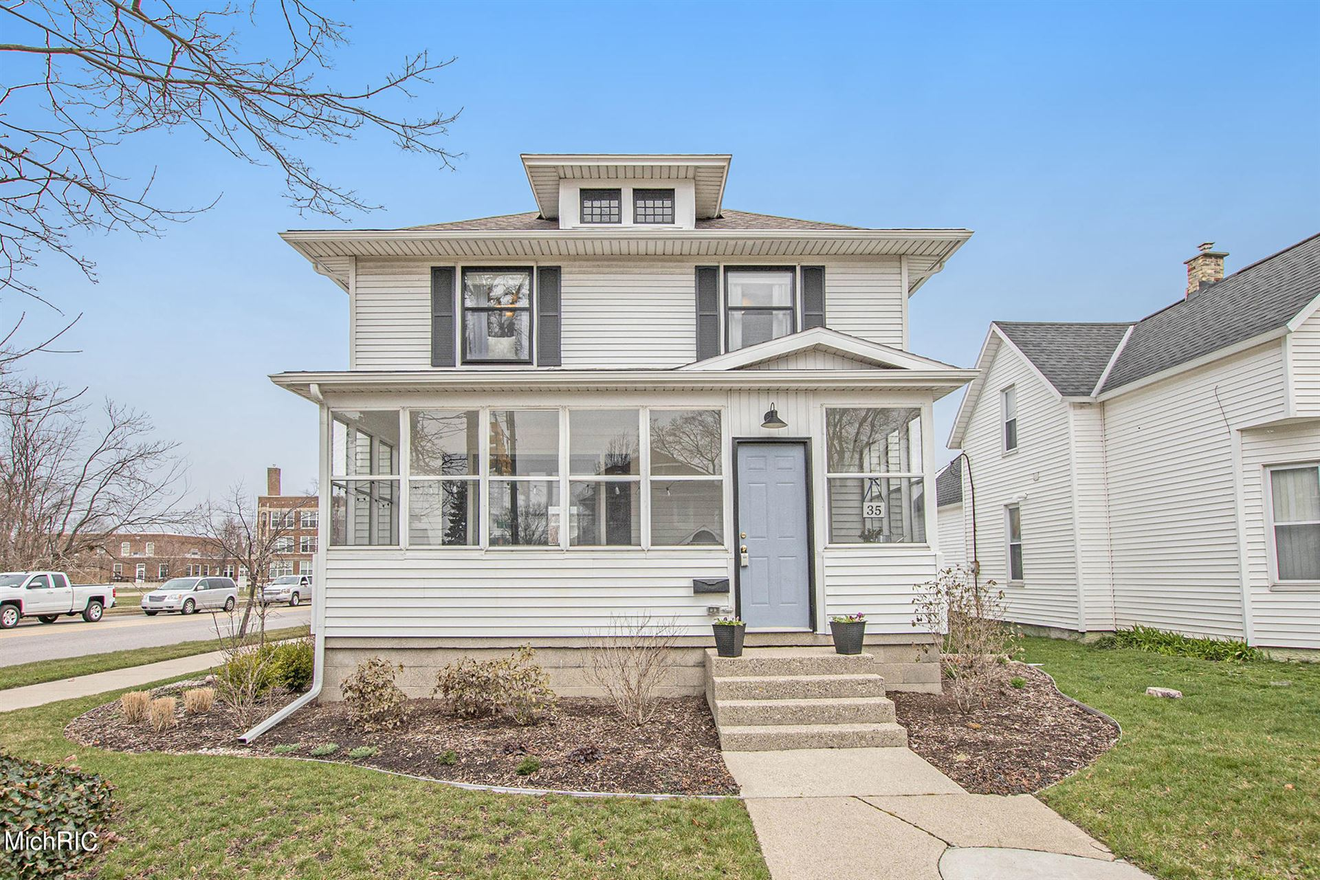 35 W 17th Street, Holland, MI 49423 - MLS#: 21012268