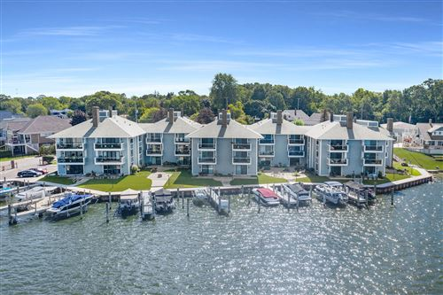 Photo of 400 Lakeview Court #5A, Spring Lake, MI 49456 (MLS # 21105273)