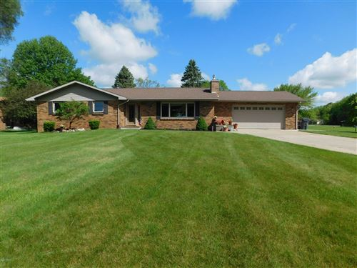 Photo of 46156 Lakeview Drive, Decatur, MI 49045 (MLS # 20019279)