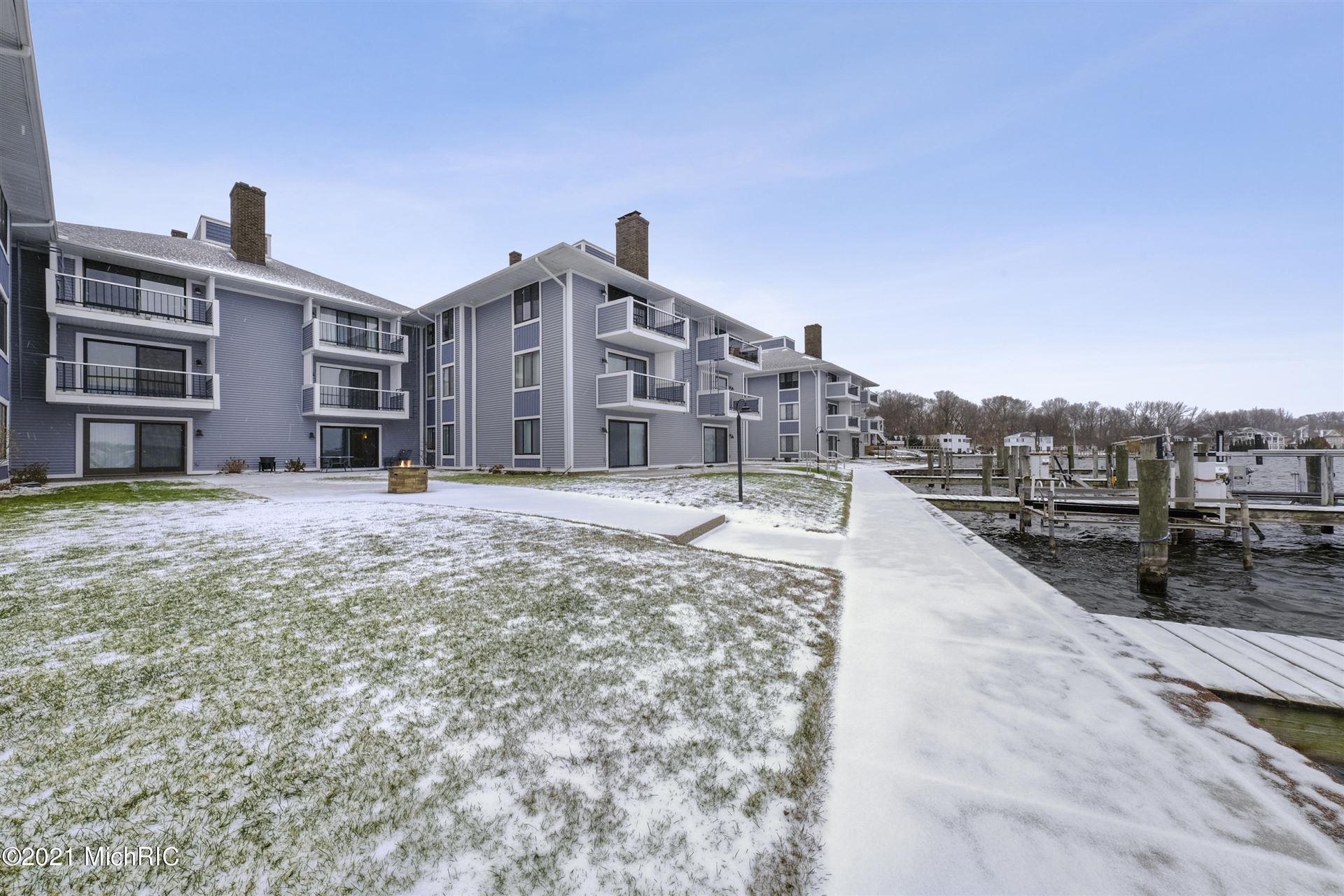 400 Lakeview Court #7B, Spring Lake, MI 49456 - MLS#: 21002282