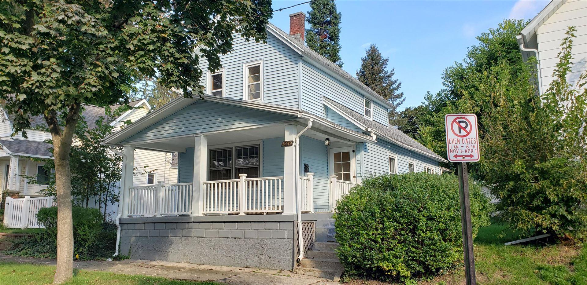 1239 Rennslaer Street NW, Grand Rapids, MI 49504 - MLS#: 21110283