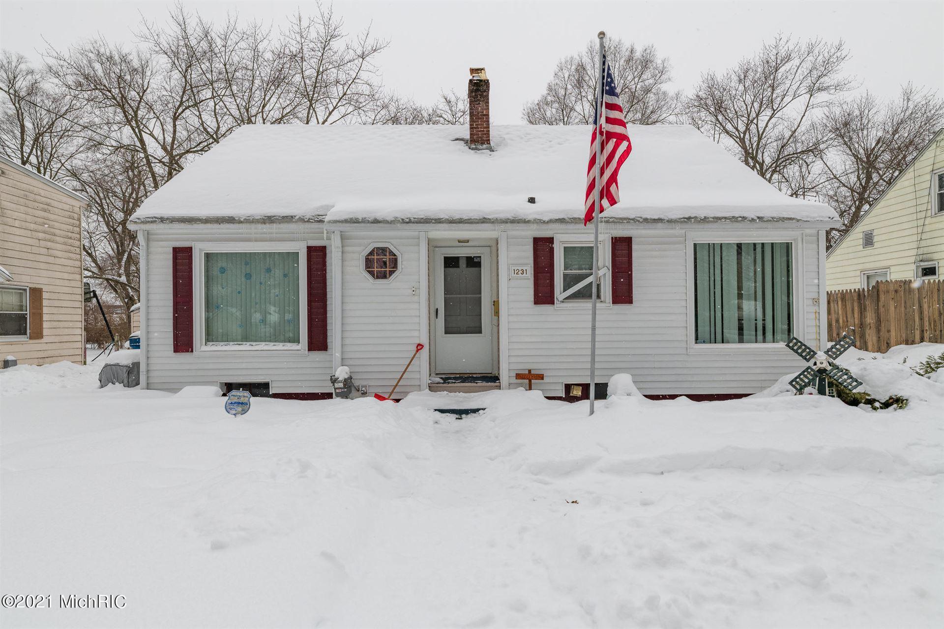 1231 Woodrow Drive, Kalamazoo, MI 49048 - MLS#: 21005284