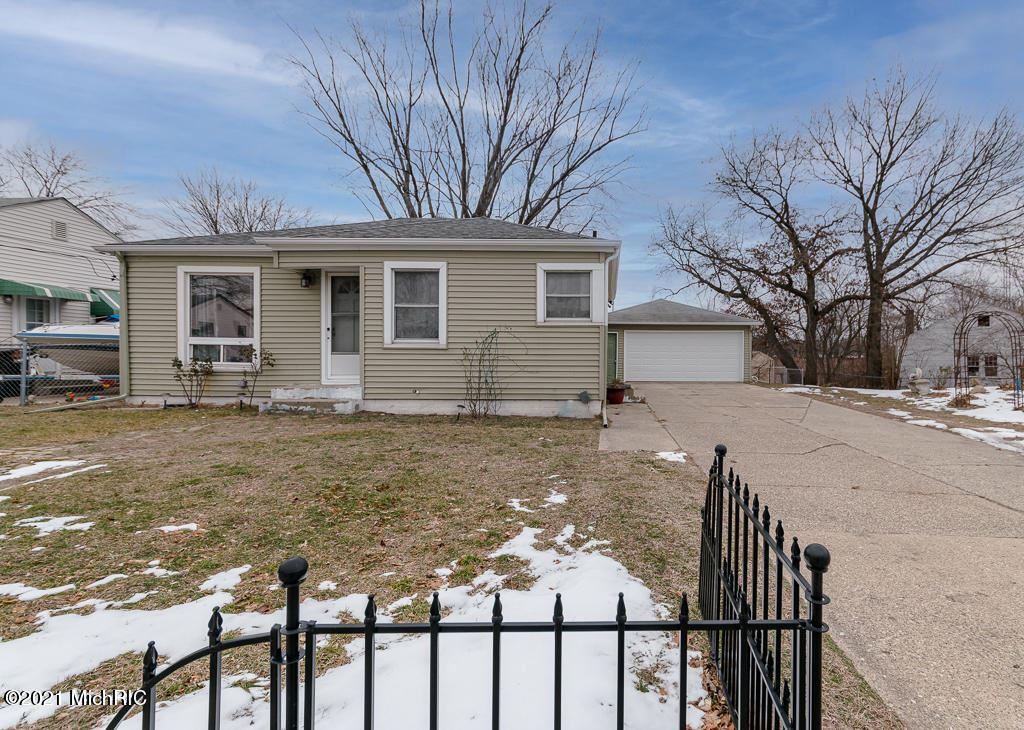 3194 Charlesgate Avenue SW, Wyoming, MI 49509 - MLS#: 21002286