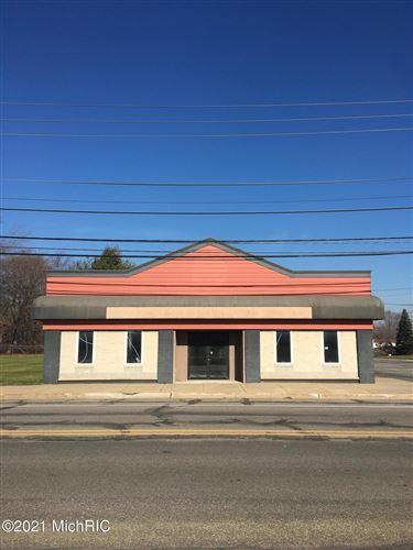 Photo of 4055 Lake Street, Bridgman, MI 49106 (MLS # 21000292)