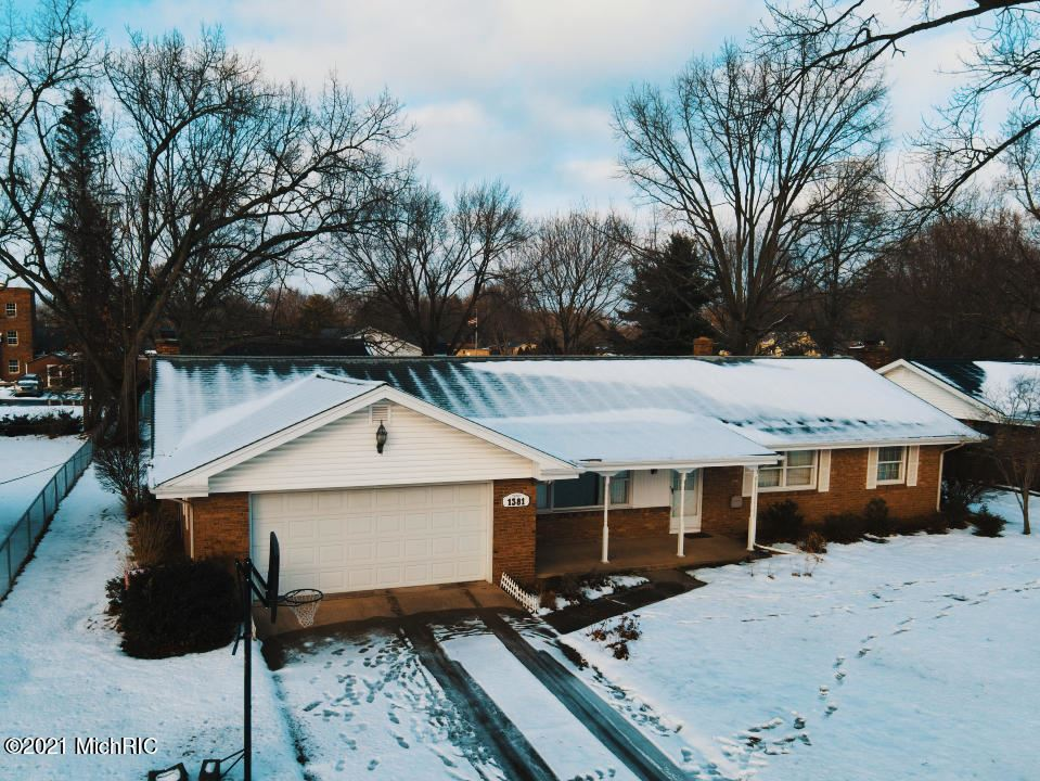 1381 Nelson Road, Saint Joseph, MI 49085 - MLS#: 21000293