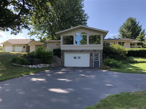 Photo of 1492 W Anthony Road, Pentwater, MI 49449 (MLS # 20031295)