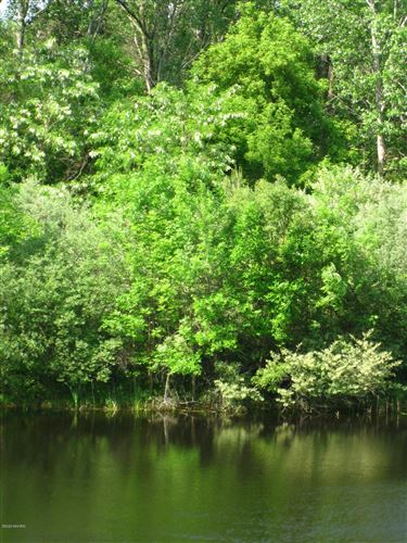 Photo of Cresent Drive #7, Saugatuck, MI 49453 (MLS # 20049298)