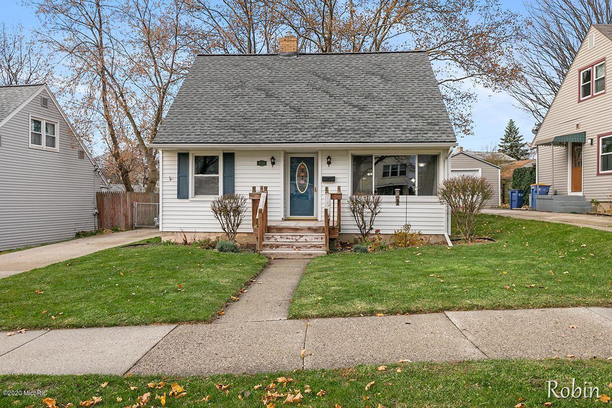 1029 Washtenaw Drive NE, Grand Rapids, MI 49505 - MLS#: 20047298