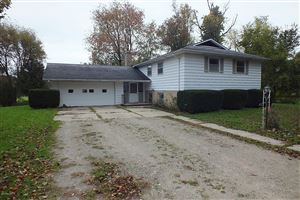 Photo of 4390 W Hickory Road, Hickory Corners, MI 49060 (MLS # 19000301)