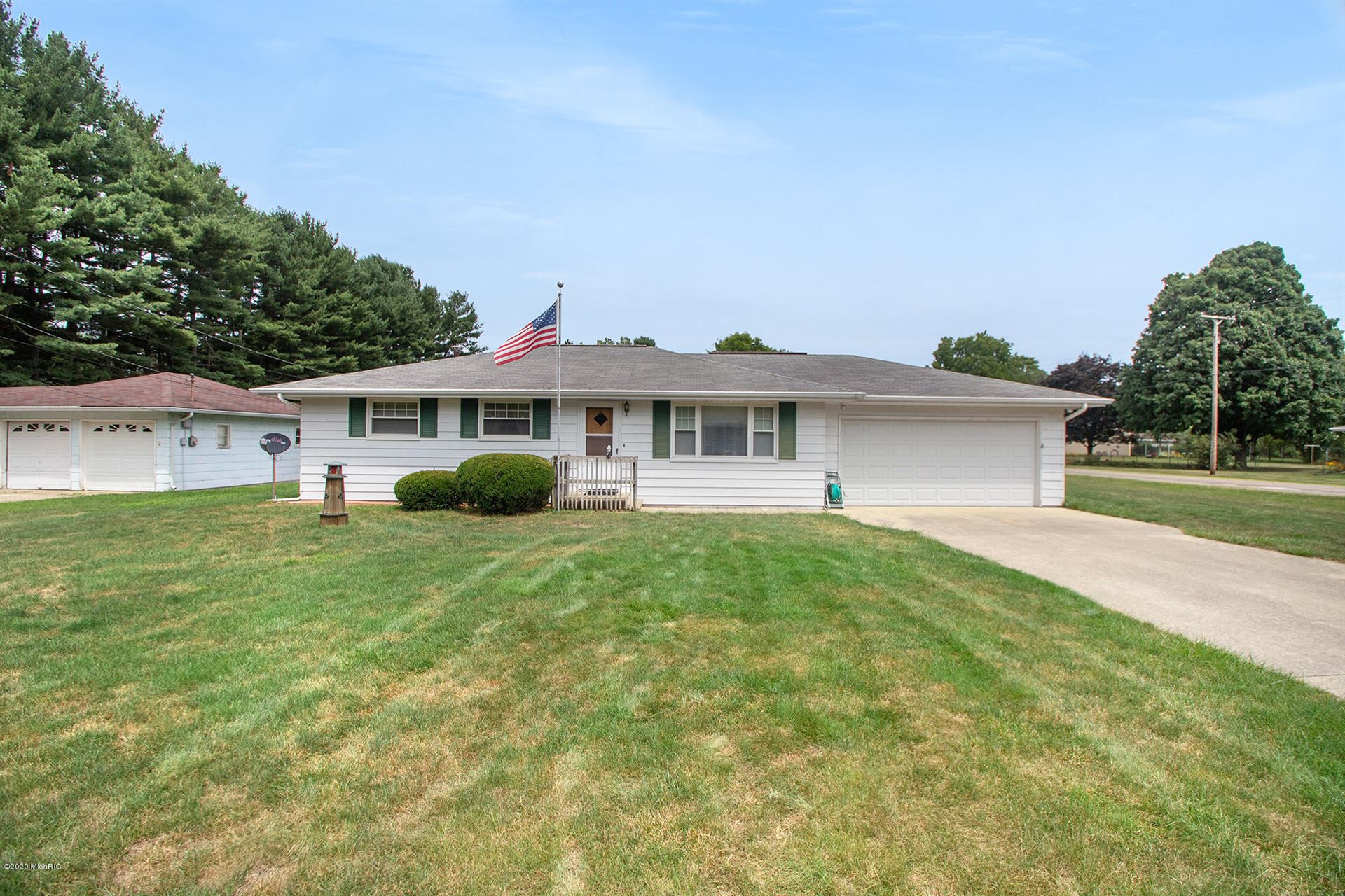 Photo for 1525 Lasalle Avenue, Niles, MI 49120 (MLS # 20030305)