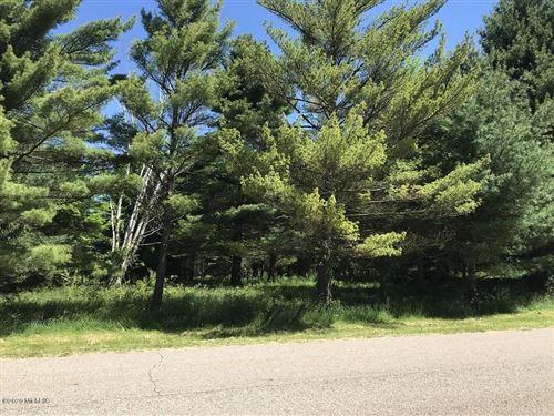 Photo of Lot 7 Creekwood Drive, South Haven, MI 49090 (MLS # 20019307)