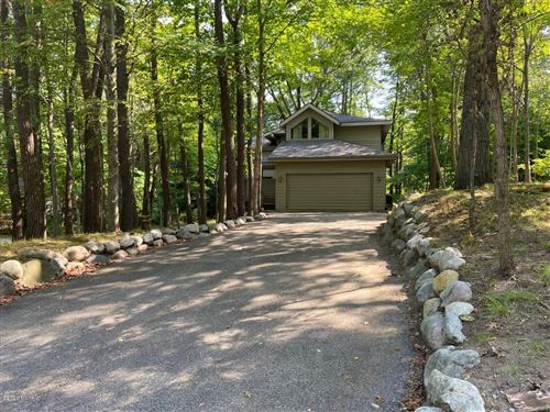 Photo of 7012 Sand Dune Drive, Sawyer, MI 49125 (MLS # 19043309)