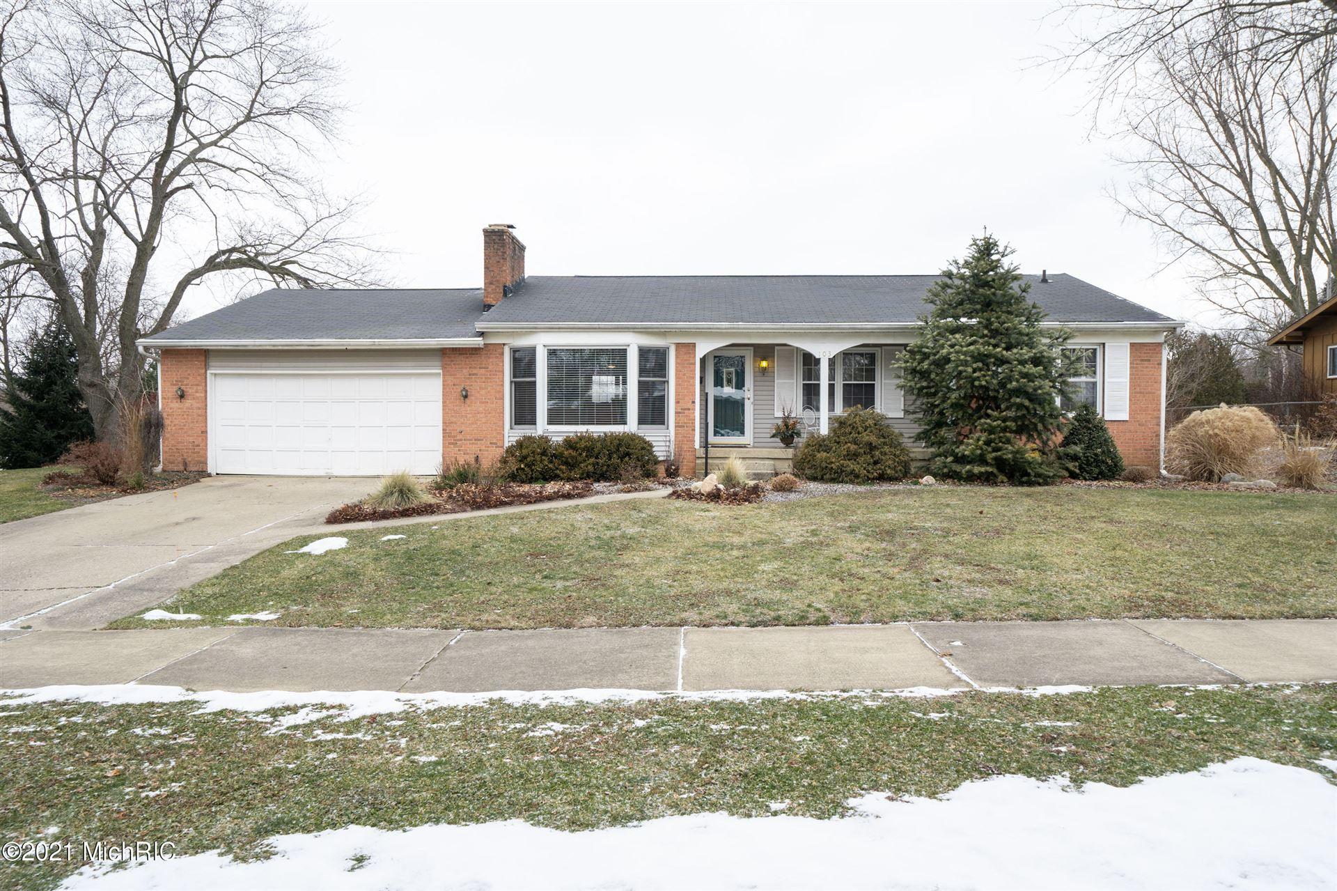 103 Boltwood Drive NE, Grand Rapids, MI 49505 - MLS#: 21002312