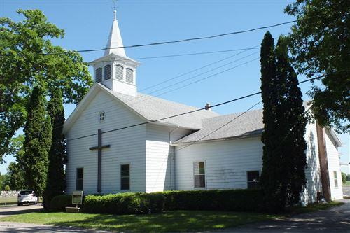 Photo of 4395 W Hickory Road, Hickory Corners, MI 49060 (MLS # 19000318)