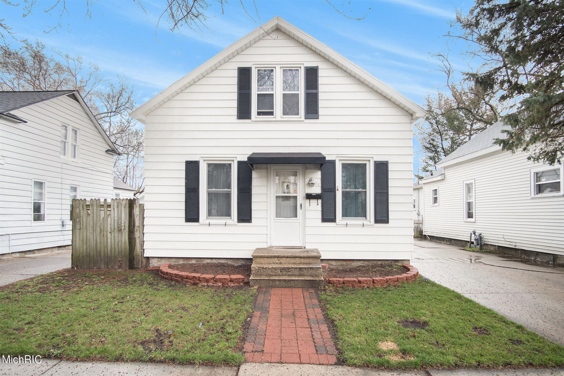 28 E 18th Street, Holland, MI 49423 - MLS#: 21011319