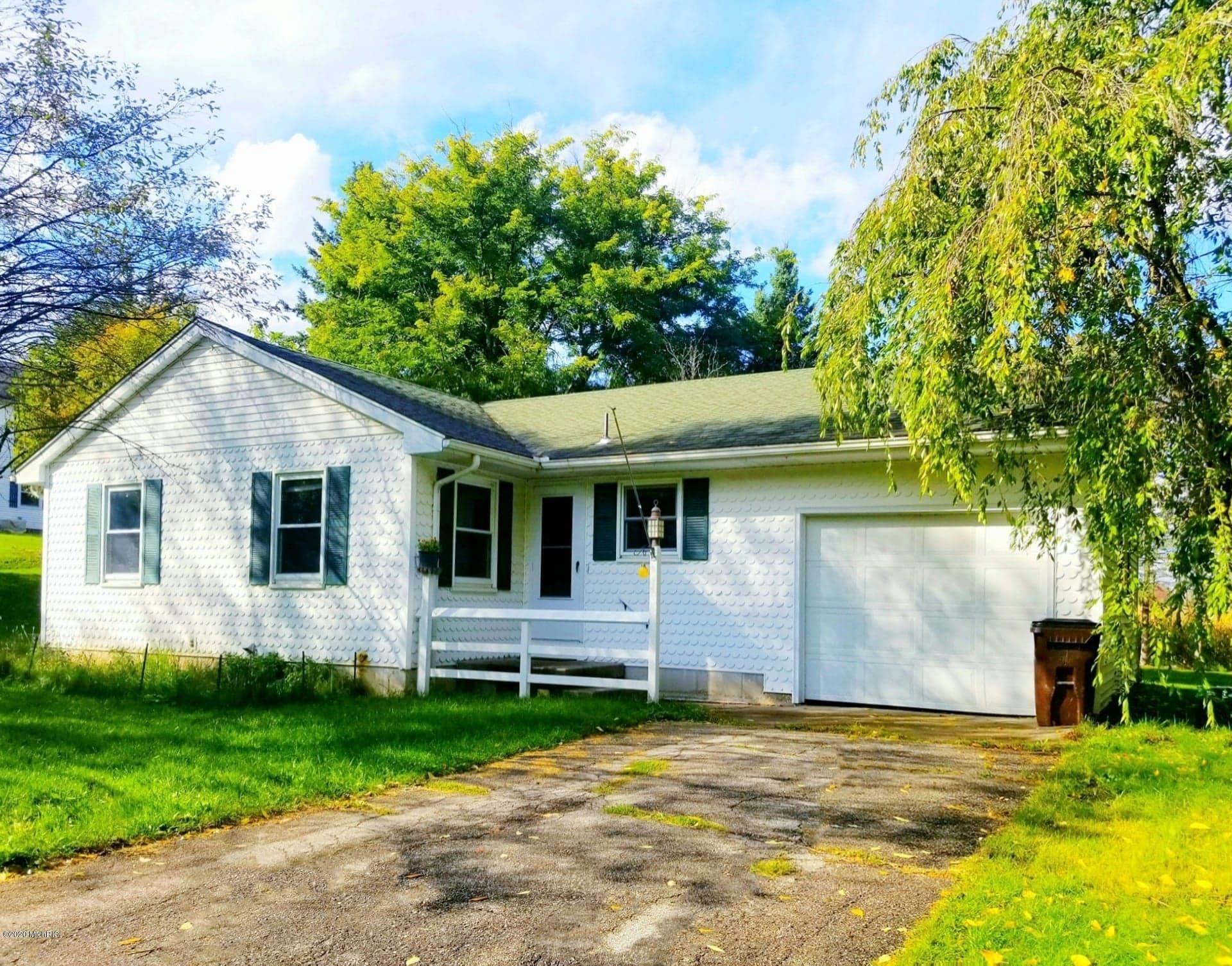 452 W Wheatland Avenue, Remus, MI 49340 - #: 20041330