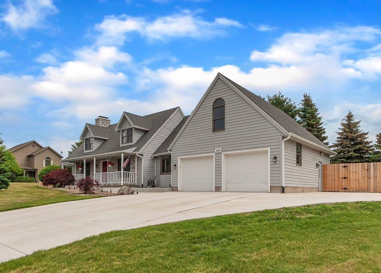 350 S Bluffwood Terrace, Saint Joseph, MI 49085 - MLS#: 21019341