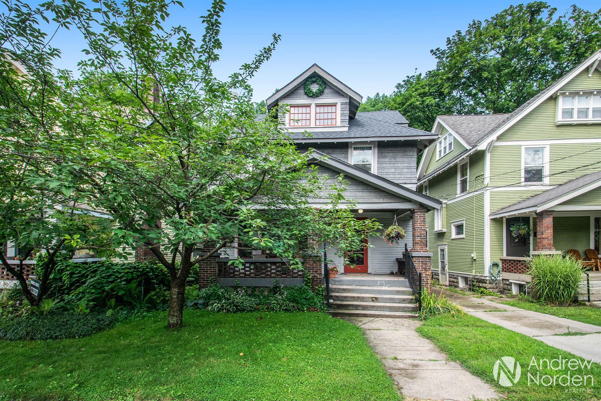 105 Carlton Avenue SE, Grand Rapids, MI 49506 - MLS#: 21104346