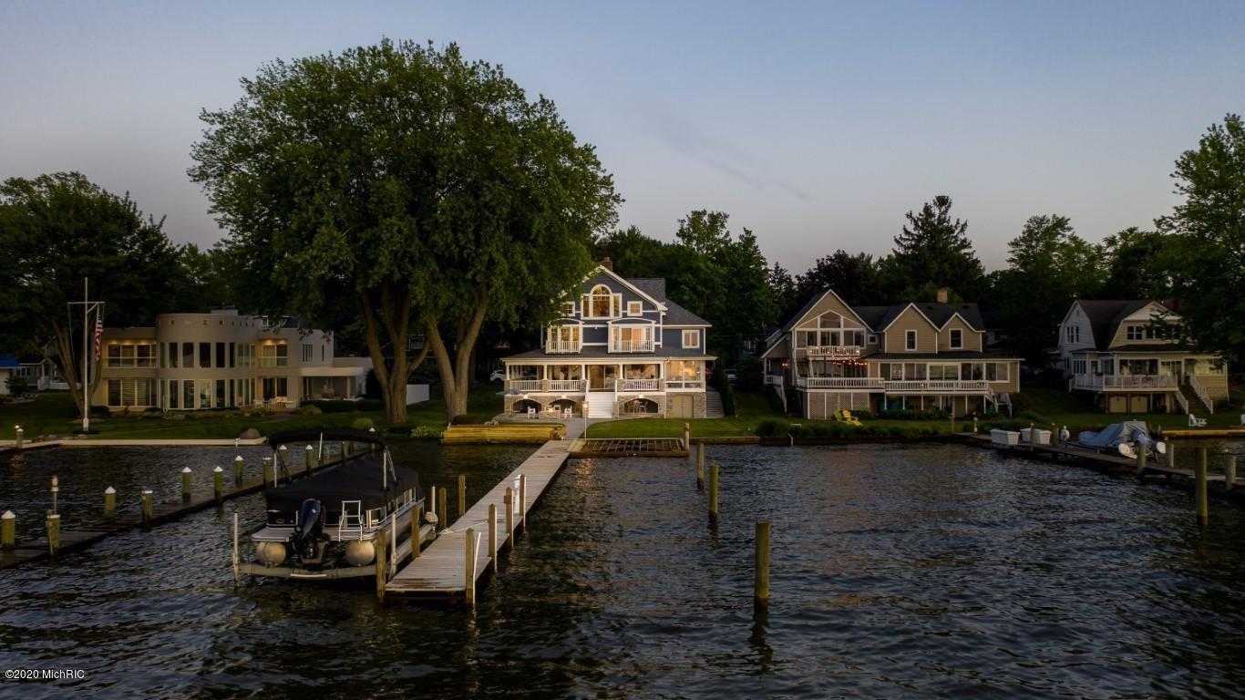 Photo of 2021 Lakeway Drive, Holland, MI 49423 (MLS # 20024365)