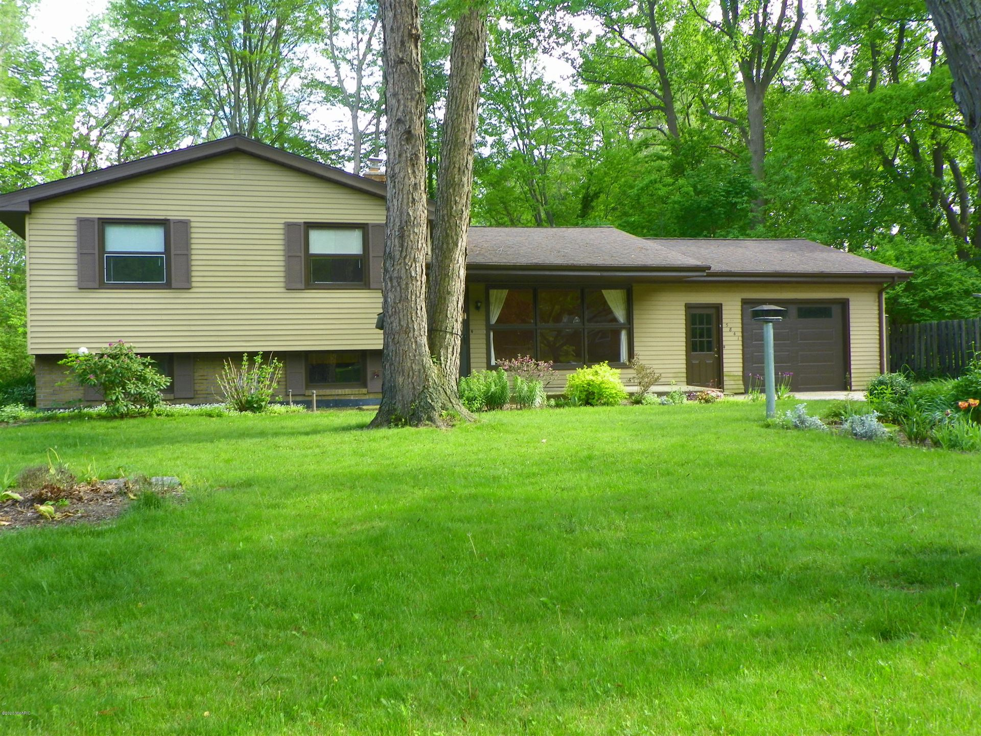 5841 Ridge Road, Stevensville, MI 49127 - MLS#: 20019373