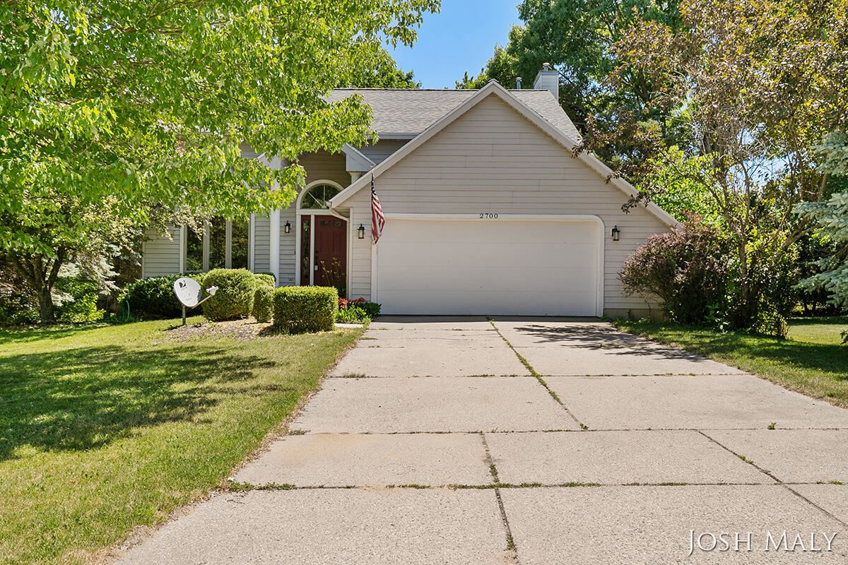 2700 Burgen Avenue NE, Grand Rapids, MI 49525 - MLS#: 21024374