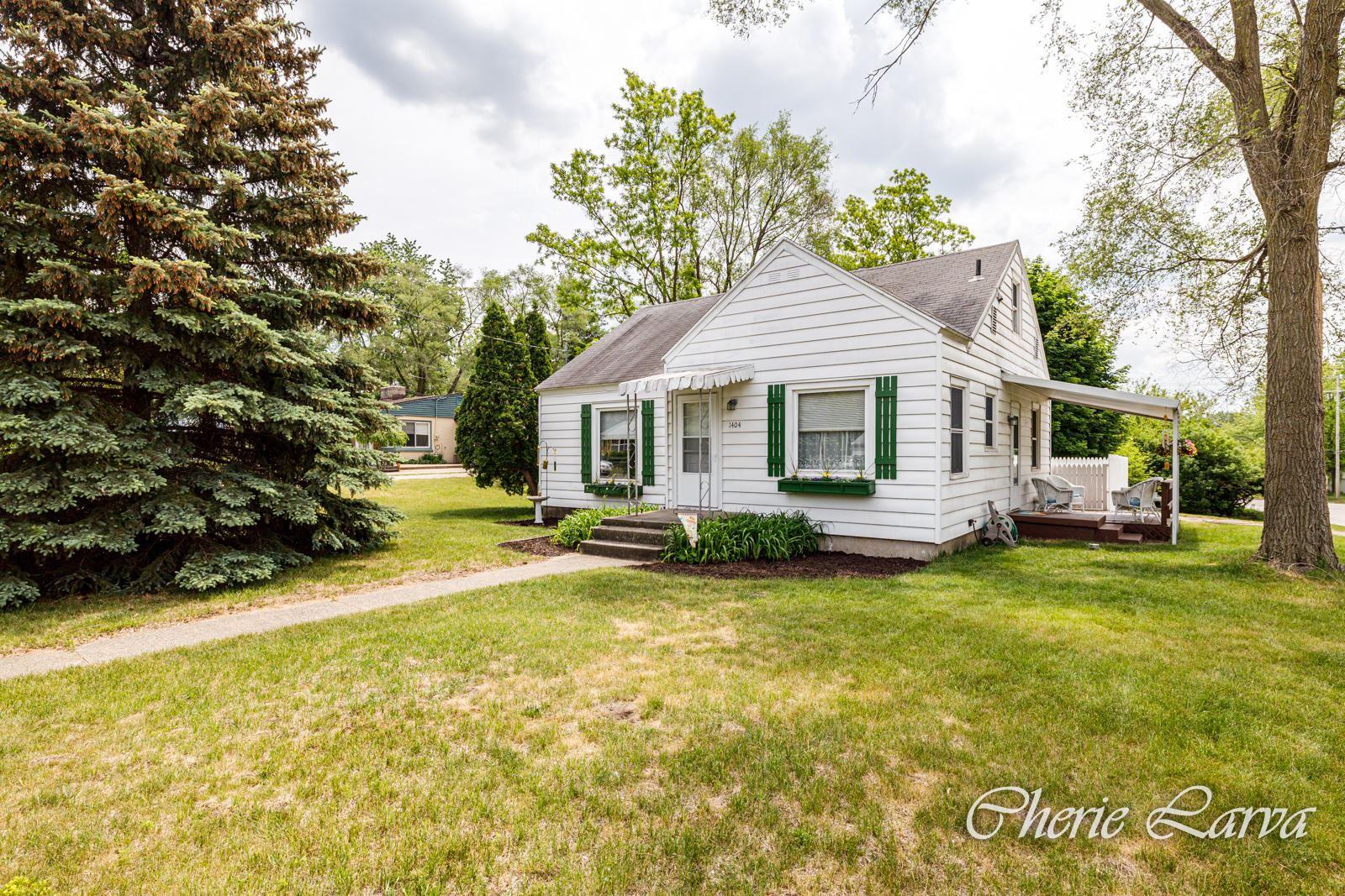 1404 Arcadia Drive NE, Grand Rapids, MI 49525 - MLS#: 21020378