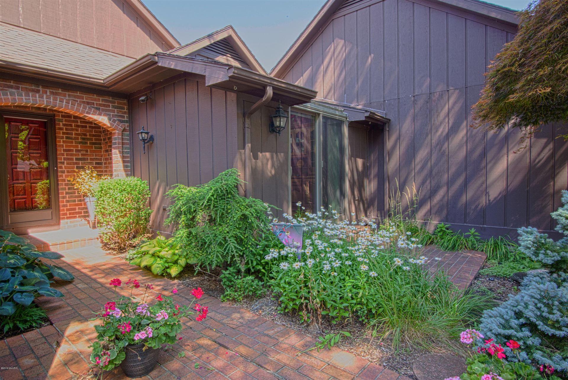 6051 N Gatehouse Drive SE #31, Grand Rapids, MI 49546 - #: 20014383
