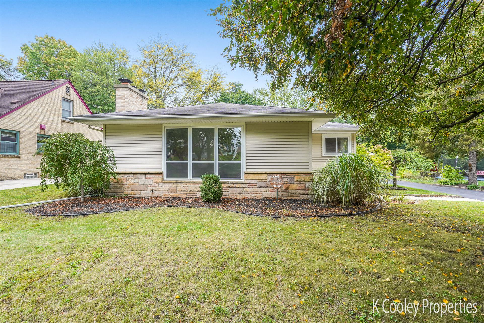 536 Comstock Boulevard NE, Grand Rapids, MI 49505 - MLS#: 21110384