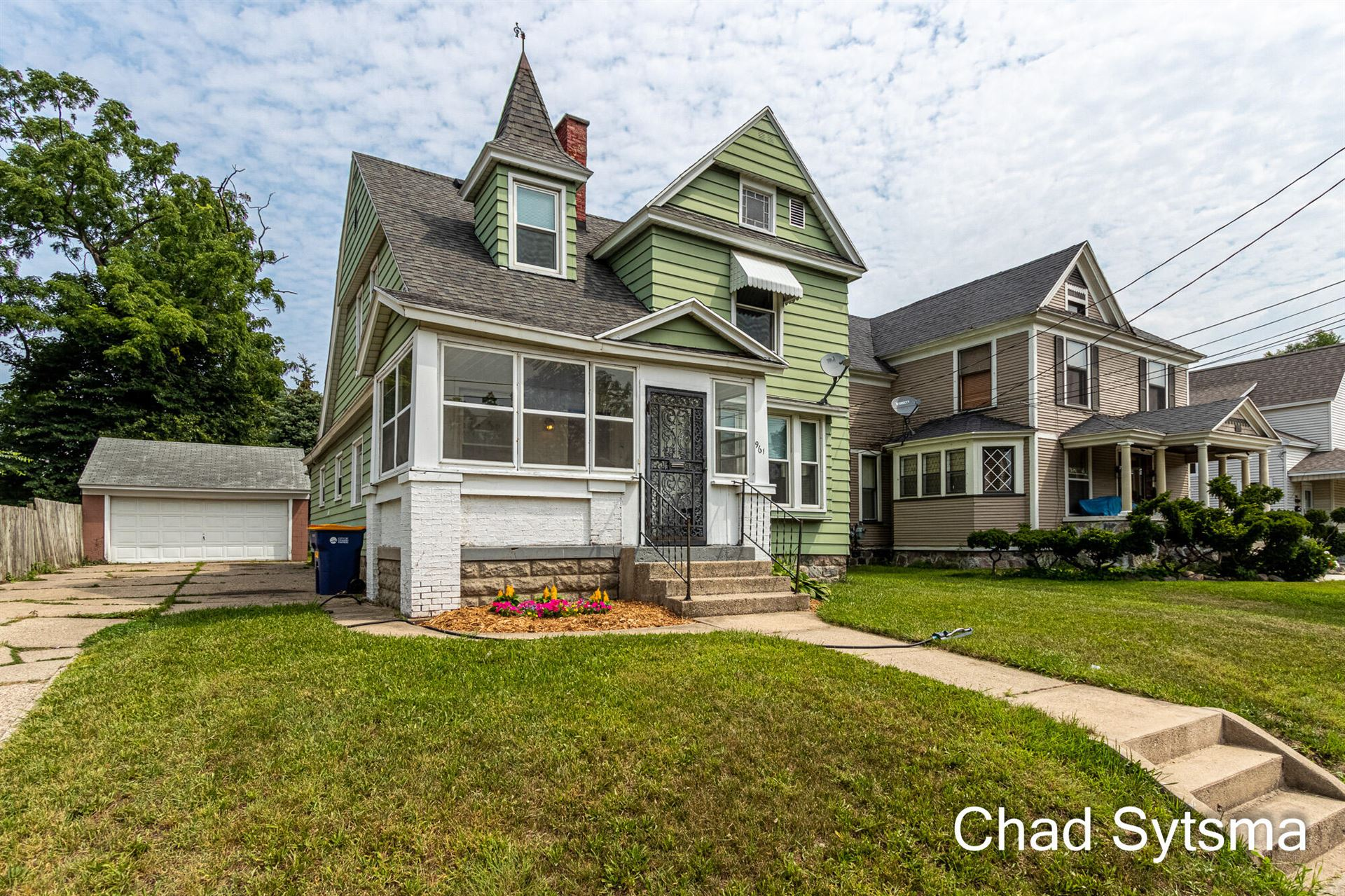 961 Bates Street SE, Grand Rapids, MI 49506 - MLS#: 21097388