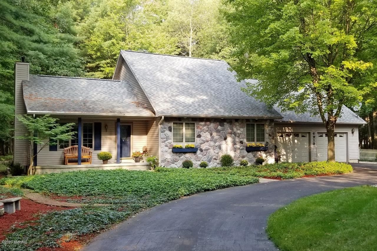 6913 Mayfair Drive, Canadian Lakes, MI 49346 - MLS#: 20039389