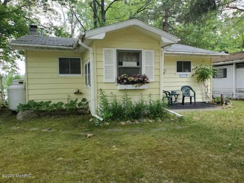 Photo of 9174 Penasha Drive, Reed City, MI 49677 (MLS # 20023390)